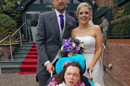 Cheshire's PlusBus service unites family on special wedding day image